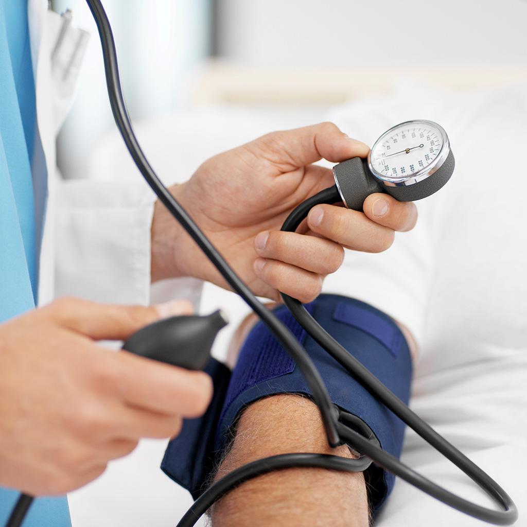 Какой врач занимается давлением